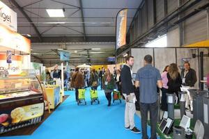 L 39 officiel des terrains de camping for Salon camping montpellier